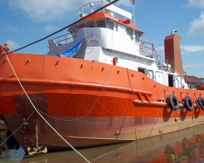 kapal-tugboat